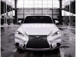 Lexus představuje zcela nový model IS