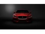 Ženeva: Jaguar představuje nový model XE a motory Ingenium