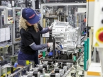 Toyota začala vyrábět hybridní převodovky v Evropě