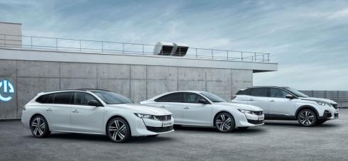Plug-in hybridy od Peugeotu přijíždějí